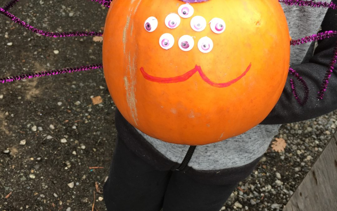 A Day of Pumpkin Decorating at the Recycling Depot