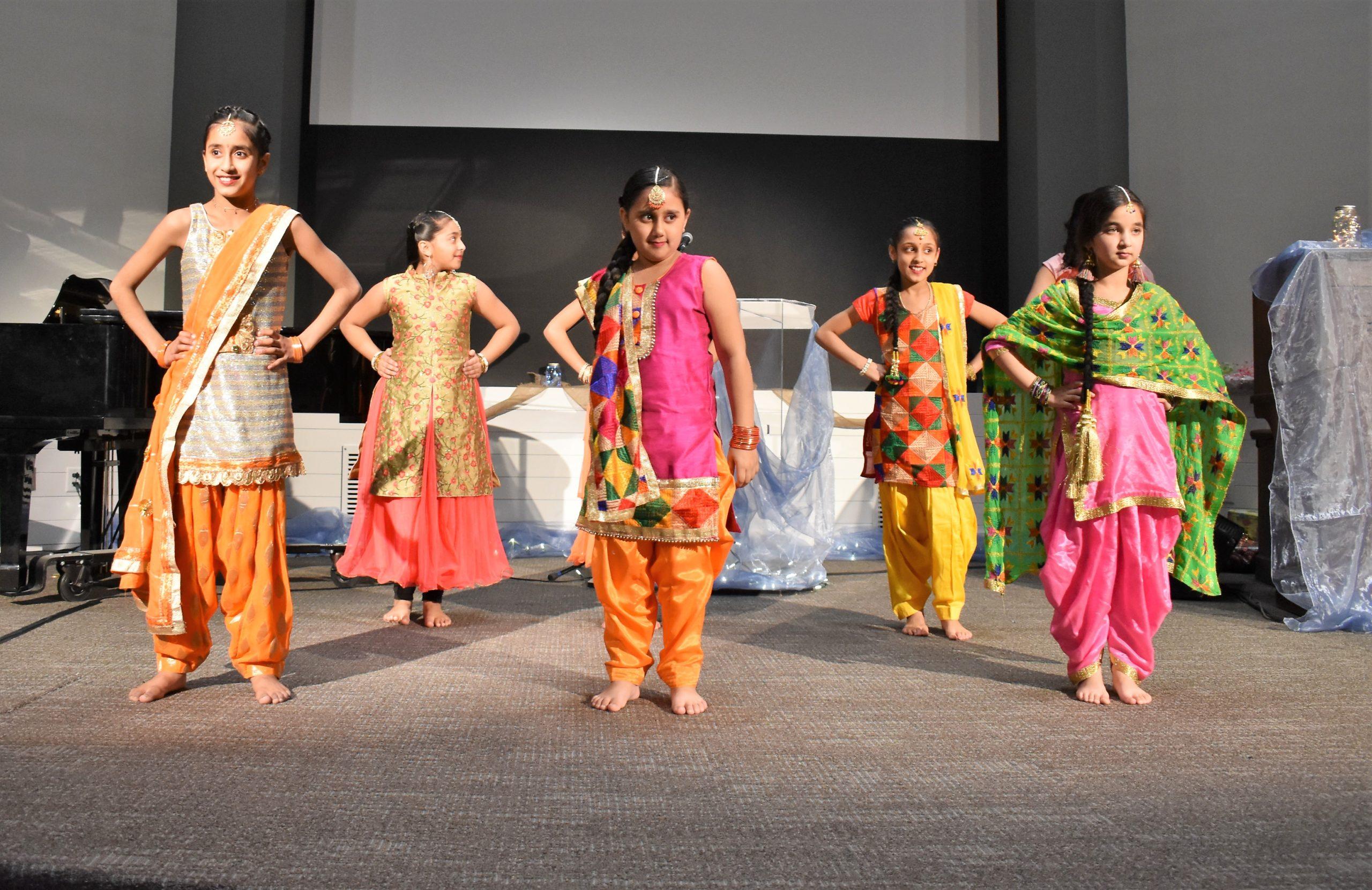 Bhangra Dancers from John Maclure School
